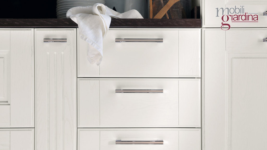 cucina agnese sportelli in legno bianco