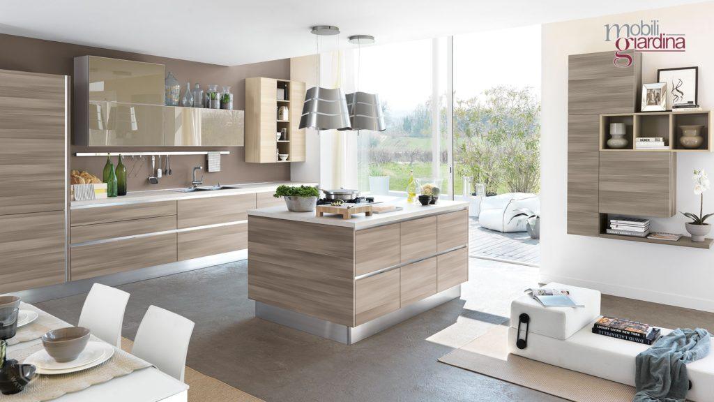 cucina essenza in legno chiaro